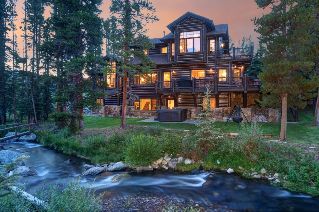 The river house on the river in breckenridge colorado for Building a home in colorado