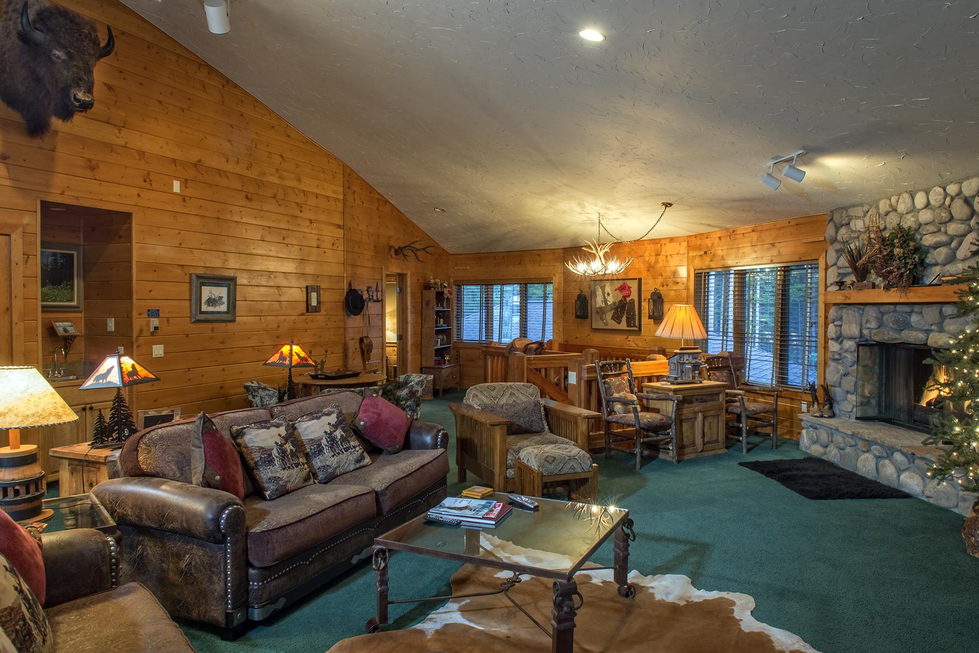 009-Black Bear Lodge