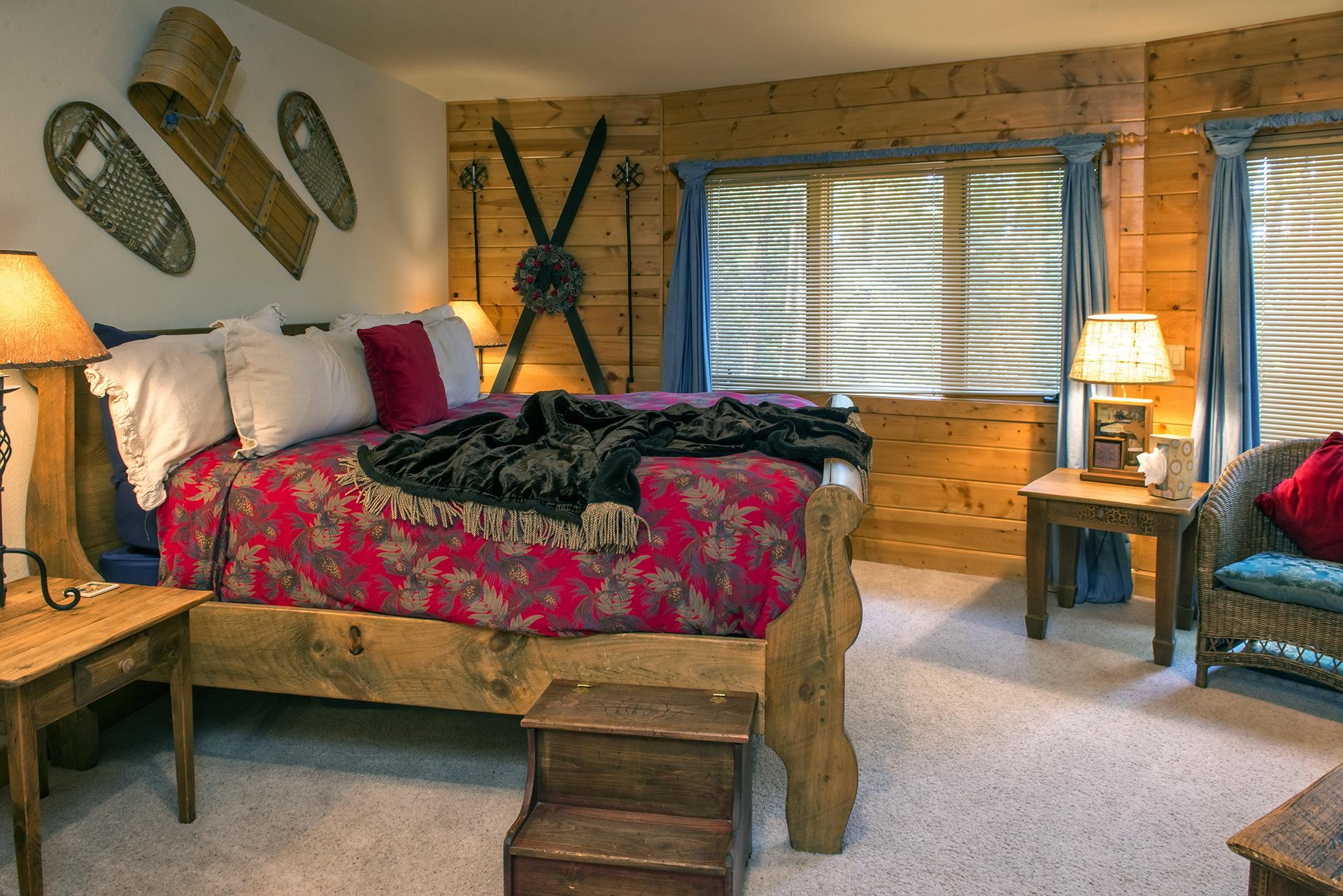 016-Black Bear Lodge