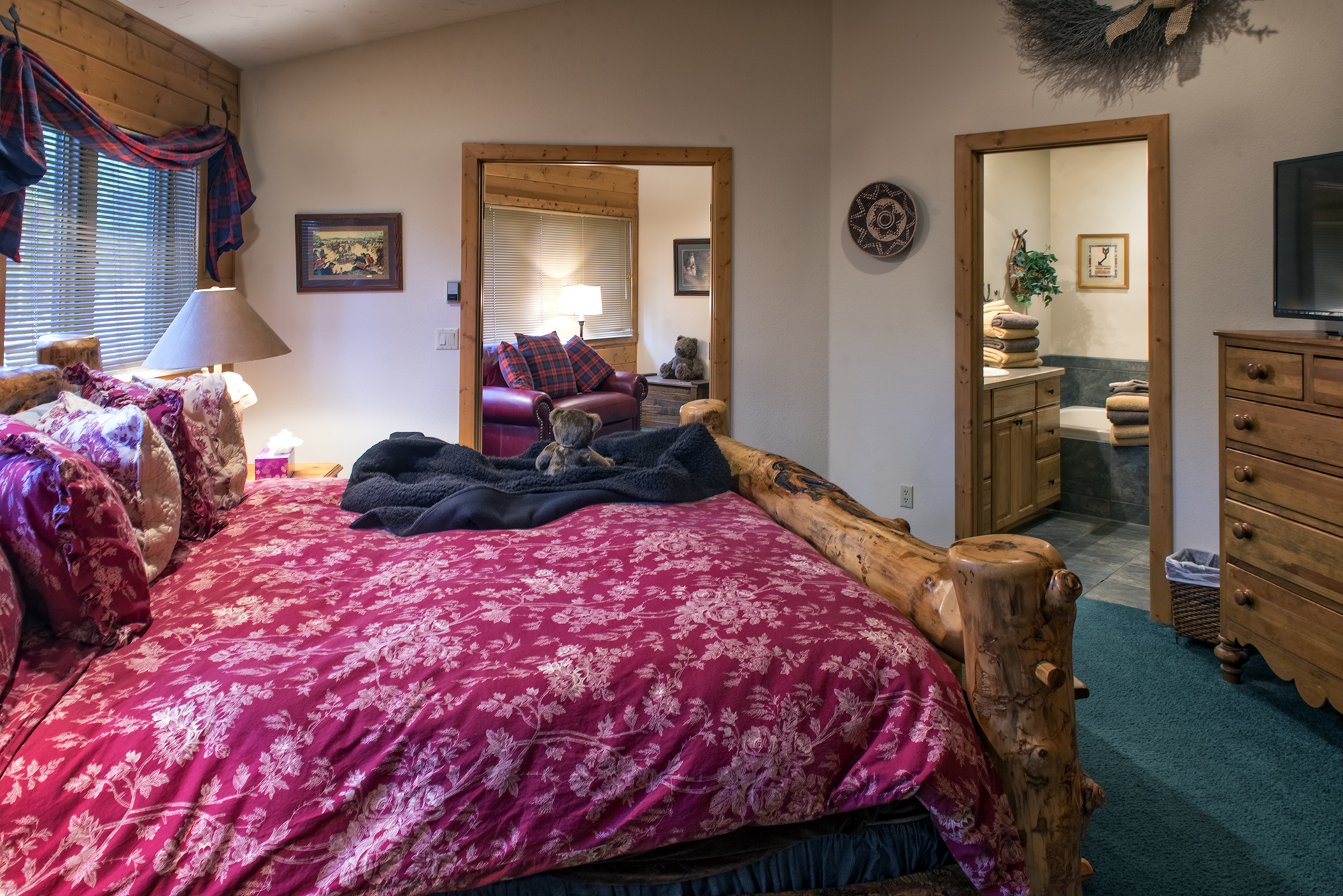 021-Black Bear Lodge